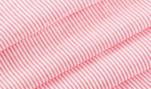 成分:70%棉30%麻                    麻棉混纺面料,舒适透气,质感